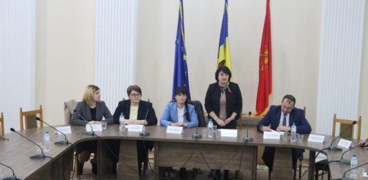 Vizita în teritoriu a dnei Viorica DUMBRĂVEANU